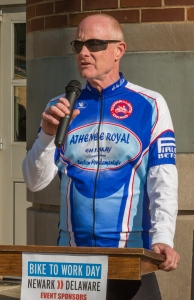 photo of Mark Deshon speaking at 2014 Bike to Work Day